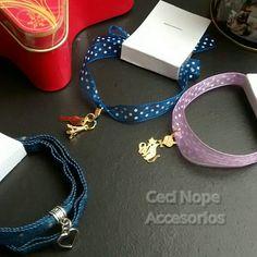 #Nuevosdiseños pulseras con cintas #cecinopeaccesorios  #accesoriosbogotá Pandora Charms, Instagram, Bracelets, Jewelry, Bias Tape, Bracelet, Bangles, Jewellery Making, Arm Bracelets