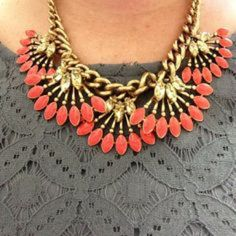 Stella & Dot Coral Cay Necklace This was a stylist sample. I've never worn it! No tarnishing or imperfections. All offers welcome! Stella & Dot Accessories