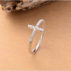 メルカリ商品: ワケあり 新品CZダイヤモンドリング シルバークリスタルジルコン B9 #メルカリ