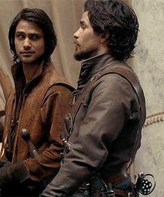 Aaaahhhh I love d'Artagnan's and Aramis' bromance