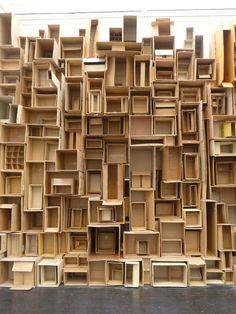 r e m a s h - papkasse væg 06 ~ nana rosenøm + holland bastrup Cardboard Crafts, Cardboard Boxes, Paper Boxes, Assemblage Art, Stage Design, Art Plastique, Box Art, Installation Art, Art Installations