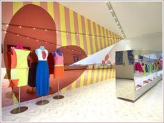 Agatha Ruiz de la Prada store in Spain designed by Karim Rashid on Okomomo Design blog.