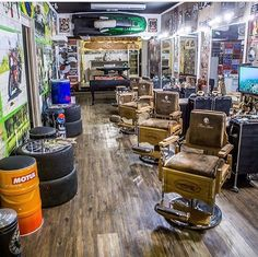Interior, Interior Barbershop Design Ideas Beauty Salon Floor Plan Small Black And White Decor Retro Furniture: Some Best Theme for Barber Shop Modern Barber Shop, Best Barber Shop, Barber Shop Interior, Barber Shop Decor, Design 24, Salon Design, Design Ideas, Tony Barber, Barber Tattoo