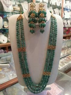 Largest Online Marketplace in India Jade Jewelry, Emerald Jewelry, India Jewelry, Bridal Jewelry, Gold Jewellery Design, Bead Jewellery, Hyderabadi Jewelry, Pakistani Jewelry, Bijoux Diy