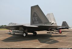 Lockheed Martin F-22A Raptor aircraft picture