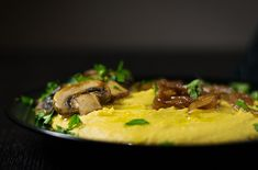 A healthy yellow split pea puree with sautéed mushrooms and caramelized onions. This protein-rich recipe is the perfect plant based dinner! Greek Cookbook, Carrot Greens, Sauteed Mushrooms, Dips, Mediterranean Recipes, Caramelized Onions, Lunches And Dinners, A Food, Food Processor Recipes