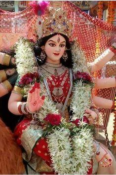 Kali Shiva, Krishna Hindu, Radha Krishna Images, Durga Puja, Shiva Shakti, Hindu Deities, Krishna Temple, Kali Ma, Hindu Temple