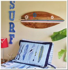 Surfboard Pallet Art – Sand and Sisal – crafty things to make Arte Pallet, Pallet Art, Pallet Projects, Diy Projects, Pallet Ideas, Diy Pallet, Pallet Crates, Pallet Sofa, Wood Pallets