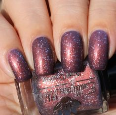 Emily de Molly Lost In Translation swatched by Olivia Jade Nails