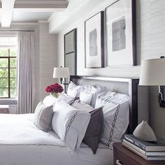 A brand new hue for a brand new year is a favourite way to update your look and what better place to start than in the bedroom? Discover our 15 spring-perfect bedroom colour schemes that will make you want to update ASAP!  Click the link in our bio to find out more  Image credit: @hernandezgreene