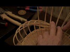 """Плетение из лозы-Плетем """"сестричку"""" для хлебницы-фруктовницы-Wickerwork - YouTube"""