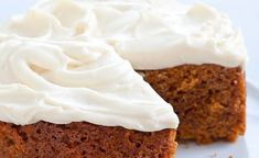7 Mouthwatering Cakes You Can Make in a Slow Cooker — Yes, Really