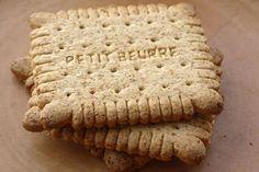 Echte Petit Beurre koekjes: recept met tarwebloem, maiszetmeel, poedersuiker, honing en boter