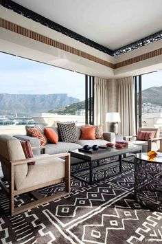 Love the rug and table mountain in the back