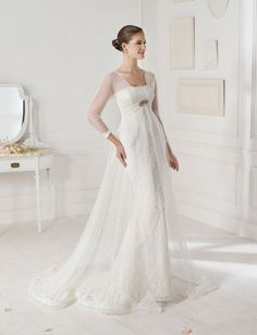 """Canela"" wedding dress by Novia D'Art , 2013 Collections. www.noviadart.com"