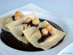 Estamos anodadados con estos raviolis de pera y mascarpone con salsa de chocolate