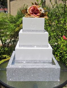 diamond wedding cake stand 1000 images about cake stands on wedding cake 3515