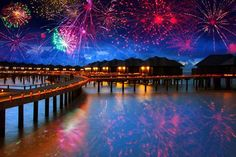 Summer Vacation Bargain Ideas ,Affordable All-Inclusive Beach Resorts and Economical Travel Tips New Year's Eve Wallpaper, Places To Travel, Places To See, All Inclusive Beach Resorts, New Year Fireworks, Great Vacations, World View, Vacation Spots, Vacation Ideas