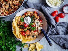 Tacopasta - Kasvisreseptit Vegetable Pizza, Quinoa, Vegetables, Food, Vegetable Recipes, Eten, Veggie Food, Meals, Vegetarian Pizza