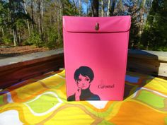 VTG 1960s MOD Groovy Retro TWIGGY Carousel Wig Pink Vinyl Case Box Bag Tote