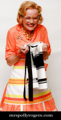 Make an Easy and Quick Apron from Dishtowel tutorial.  Blog & Video from MrsPollyRogers.com