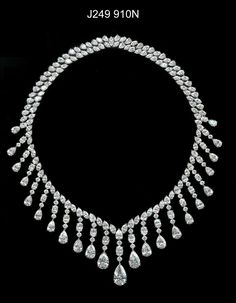 By @chopard #diamonds #necklace #magnificent #stunning #mm ...