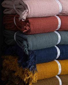These new Avenue throws in bold on trend colours make us smile and feel snug. Made from a soft textured linen with a fringe detail, come in an extra generous size for the whole family to snuggle (230 x 180cm).