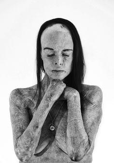 Победители конкурса чёрно-белой фотографии MonoVisions Photography Awards  29
