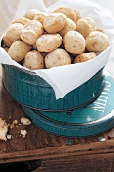 Cream Cheese Shortbread with Toasted Walnuts