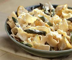 Garlic Asparagus and Pasta with Lemon Cream #healthy #recipe