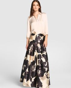 Falda midi de fiesta con estampado Long Gown Dress, Maxi Gowns, Ball Gown Dresses, Dress Skirt, Modest Outfits, Modest Fashion, Skirt Fashion, Fashion Dresses, Evening Outfits