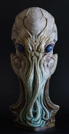 Cthulhu Sculpture by Dominic Qwek Alien Creatures, Fantasy Creatures, Mythical Creatures, Necronomicon Lovecraft, Lovecraft Cthulhu, Aliens, Alien Concept, Concept Art, Fantasy Kunst