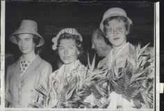 1960 Press Photo L-R, Princess Margaretha of Sweden, Princess Astrid of Norway, - Historic Images