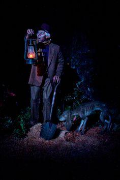 Disneyland // Haunted Mansion // Caretaker and his dog