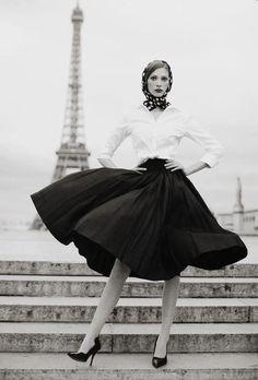 vogueandcoffee: at the Palais de Chaillot ©...