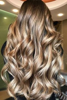 amazing long bronde hair color