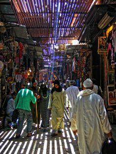 The souk - Marrakech Marrakech Morocco, Marrakesh, Morocco Chefchaouen, Saint Tropez, Places To Travel, Places To Go, Casablanca, Santorini, Scenery Photography