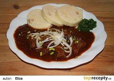 Klasický hospodský guláš (vídeňský) recept - TopRecepty.cz Czech Recipes, Russian Recipes, Appetizer Recipes, Appetizers, Nutritious Meals, Vegetable Recipes, Stew, Entrees, Food And Drink