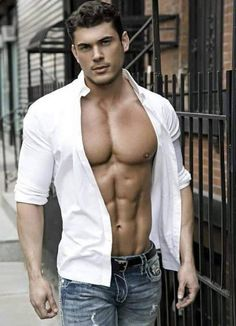 Aesthetic MuscleS - Bodybuilding at its Best: The Amazingly Ripped and Aesthetic Model and Physique Competitor - James Joseph Male Fitness Models, Male Models, Top Models, Hunks Men, Raining Men, Muscular Men, Sexy Jeans, Good Looking Men, Hot Boys