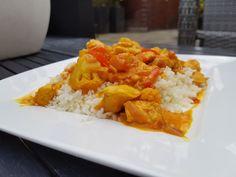 Een heerlijk koolhydraatarm hoofdgerecht, koolhydraatarme curry madras. Deze curry madras is naast dat het erg lekker is, ook super gezond. Zo zit er in een portie koolhydraatarme curry madras meer dan 200 gr groente!