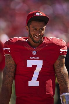 COLIN KAEPERNICK//The 12 Hottest Football Players of the 2014 NFL Season — Vogue