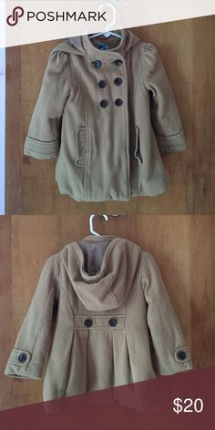 Old navy 4t coat with hood Size 4t, double breasted & camel colored Old Navy Jackets & Coats
