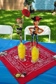 10 Toy Story Centerpieces For Tables Elegant and Lovely - Toys for years old happy toys Toy Story Dulceros, Toy Story Baby, Jessie Toy Story, Toy Story Theme, Toy Story Centerpieces, Toy Story Decorations, Party Centerpieces, Woody Birthday Parties, Toy Story Birthday