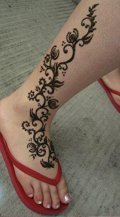 Pretty Feet Mehndi