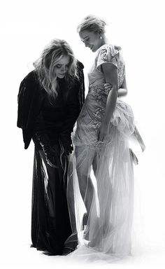 Olsens Anonymous Blog 17 Of Mary Kate And Ashley's Olsen Cutest Moments Awards Black And White Shots Fixing Dress 9 photo Olsens-Anonymous-Blog-17-Of-Mary-Kate-And-Ashleys-Olsen-Cutest-Moments-Awards-Black-And-White-Shots-Fixing-Dress-9.jpg