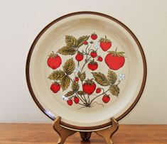 Vintage Strawberry Patch Plate, Country Living Stoneware Strawberry Plate, Summer Fruit Serving Plate, Strawberry Decorative Plate by OanaVintageCorner on Etsy https://www.etsy.com/listing/527585986/vintage-strawberry-patch-plate-country