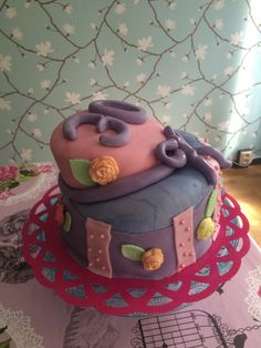 One more cake a topsy turvy cake I made for my birthday i May. #Birtdaycake #Topsyturvy #Baking