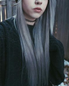 Grey/white hair
