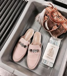 """629 Likes, 7 Comments - Brother Vellies (@brothervellies) on Instagram: """"〰✈️ #GirlinFlight 💫 We have a couple more Springbok Minis adding to the site today! 👌🏾👩🏻💻🌸✨"""""""
