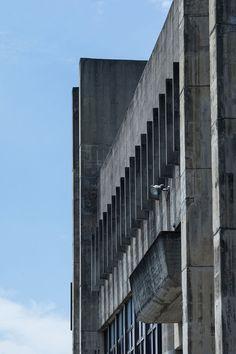 「丹下健三 建築」の画像検索結果